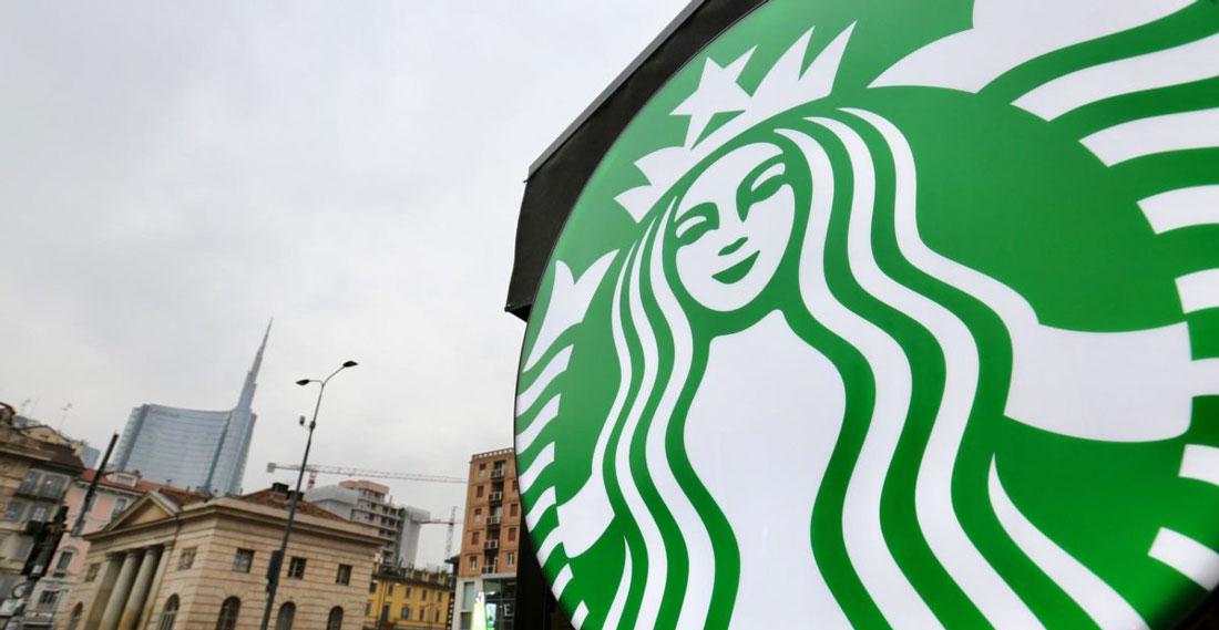 Starbucks invade Milano: aperture in tutto il centro città per promuovere il caffè della Sirena