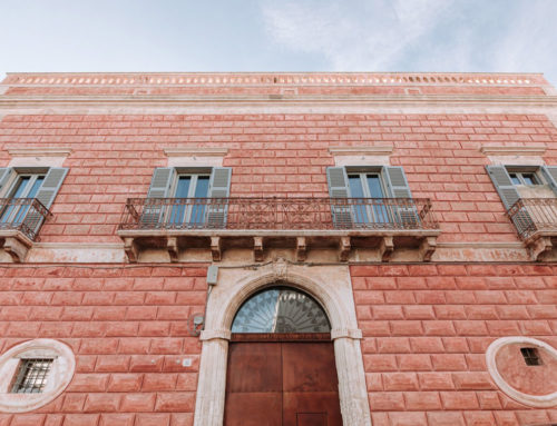 Ostuni: il Palazzo Rosso diventa un boutique hotel da mille e una notte
