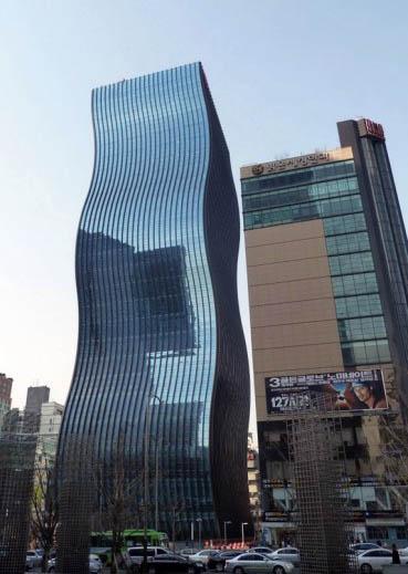 Il grattacielo ondulato di Seoul-