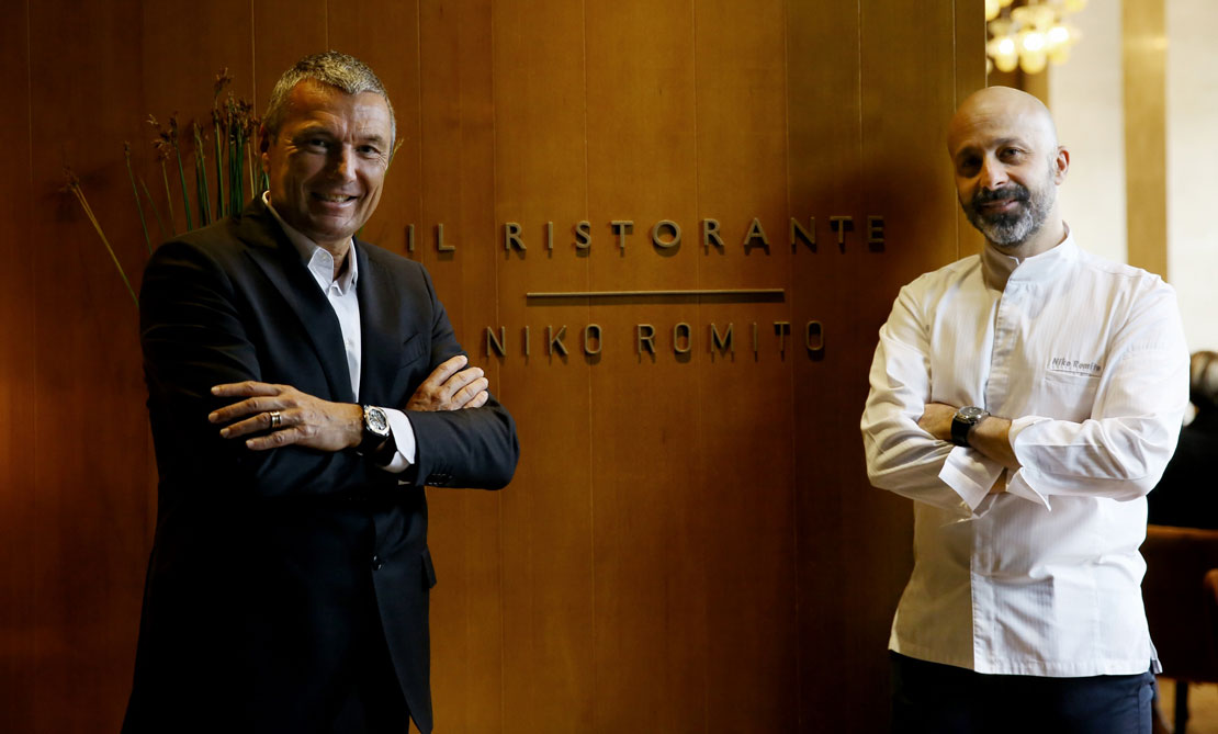 Jean Christophe Babin, CEO di Bulgari, e lo chef Niko Romito
