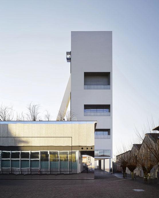 OMA-.-Torre-Fondazione-Prada-.-Milan-1