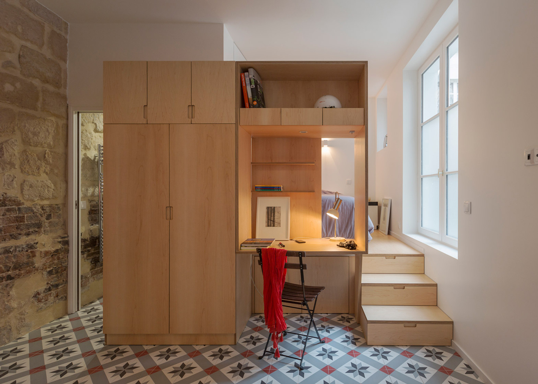 Tiny-Apartment-Anne-Rolland-Architecte-Paris-Study-Humble-Homes