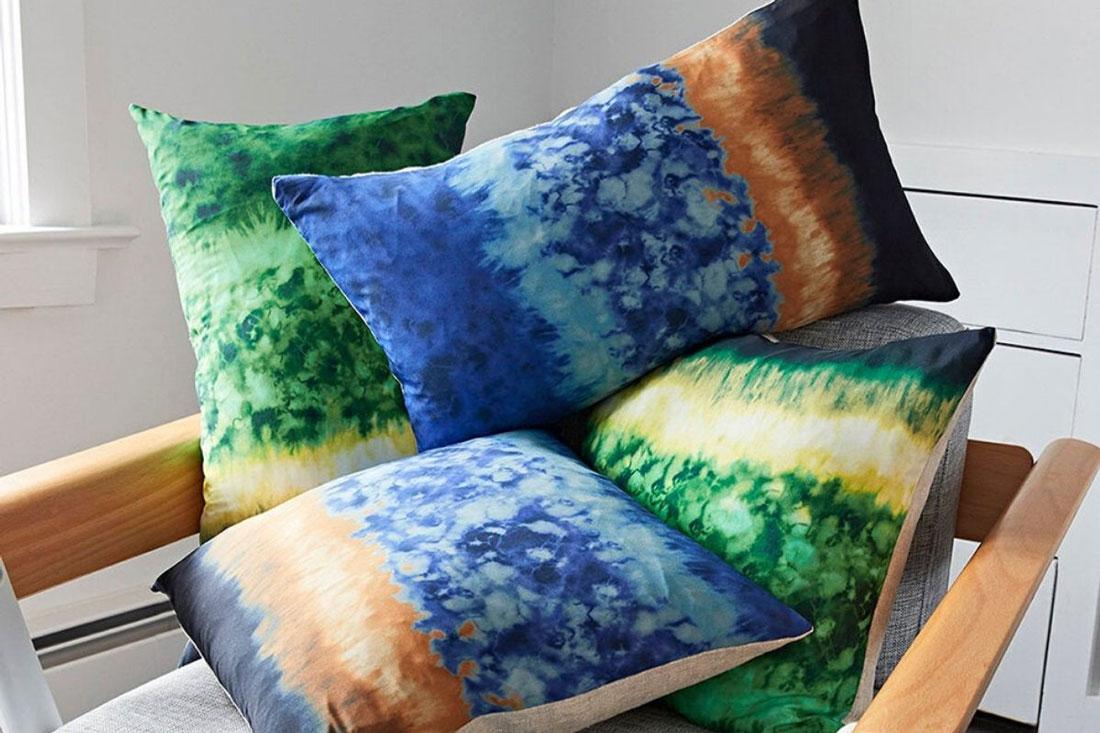 Altuzarra X Etsy, una linea di arredamento ispirata al tie dye e prodotto con materiali eco-friendly