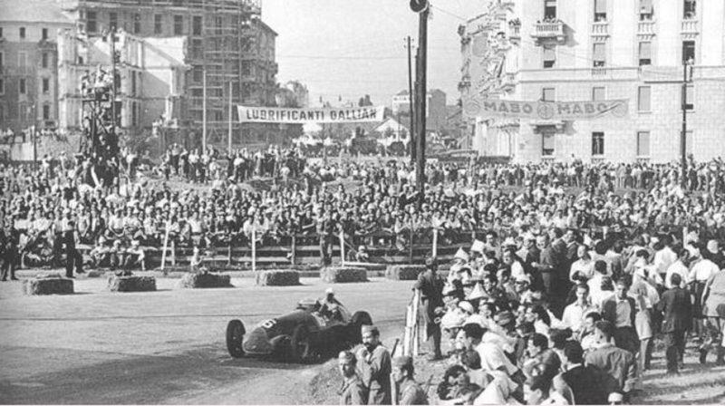 piazza-daminao-chiesa-1947-GP-formula1