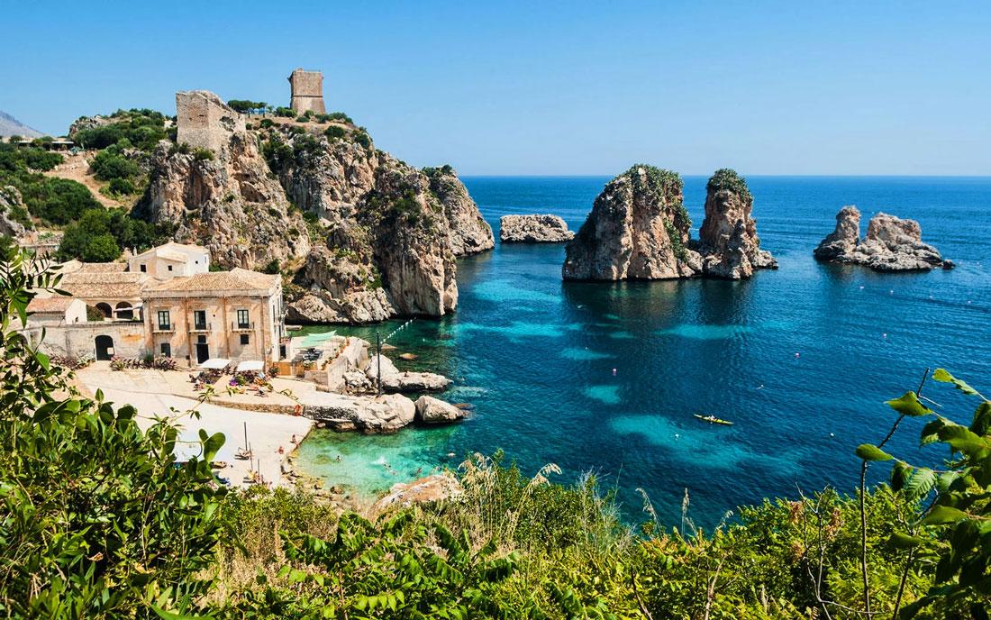 una vista della Tonnara di Scopello, Sicilia